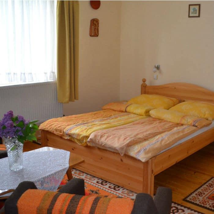 Kép erről: szoba2 kisaggyal 700 Örömvölgy vendégház